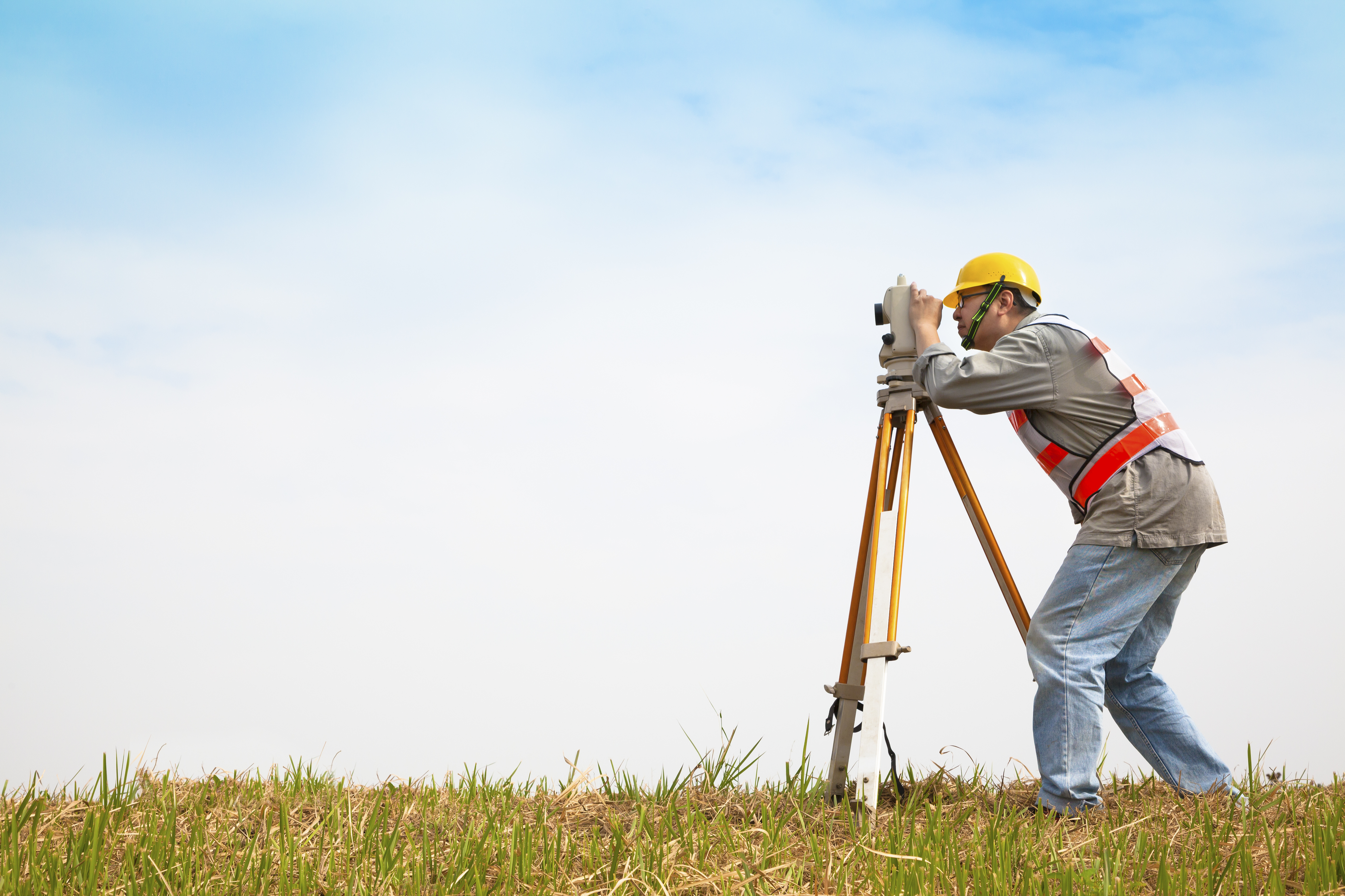 Land_Surveyor_Acquires_Property_Information_with_DataTree.com_-1
